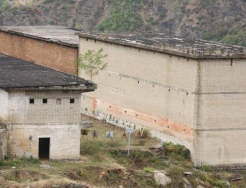 45 vite nga revolta e Spaçit, të burgosurit rrëfejnë tmerrin